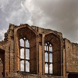 castle windows by Alan Ranger - Buildings & Architecture Public & Historical ( warwickshire, algenon, info@alanranger.com, kenilworth, www.alanranger.com, alan ranger )