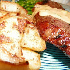 Steaks With Stilton Cheese Sauce