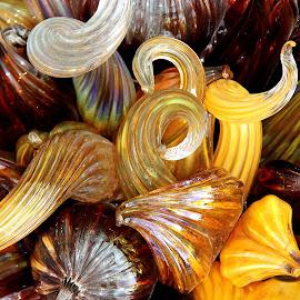 Golden Curls by Jody Frankel - Artistic Objects Glass