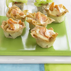 Mini Salmon & Hollandaise Tarts