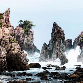 7th waves by Rendy Yuninta - Landscapes Beaches ( teluk kiluan, indonesia, landscape, lampung, photography,  )