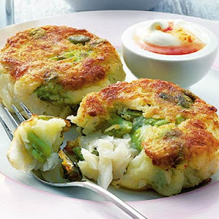 Summer Fish Cakes With Chilli Cream