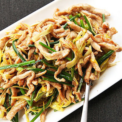 Stir-Fried Sliced Pork With Yellow Chives