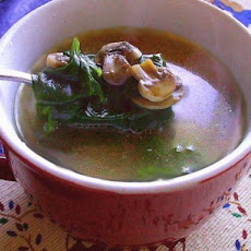 Low Calorie Spinach & Mushroom Wedding Soup