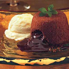 Molten Chocolate Cakes with Mint Fudge Sauce