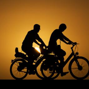 by Yuval Shlomo - Sports & Fitness Cycling