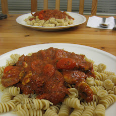 Lite Chicken & Pasta With Sun-Dried Tomatoes
