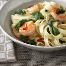 Linguine With Prawns, Spring Greens & Chilli