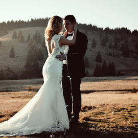 by Mihai Dintica - Wedding Bride & Groom