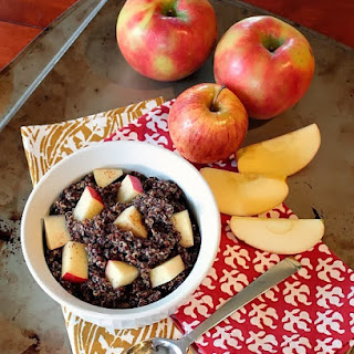 Peanut Butter-Apple Breakfast Quinoa