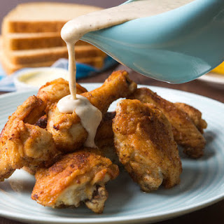 Maryland Fried Chicken With White Gravy