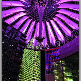 Potsdamer Platz - Berlin by Francesca Riggio - Buildings & Architecture Office Buildings & Hotels ( germany, hotel, berlin, place, nightscape )