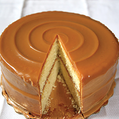 Caramel Icing Apple Cake