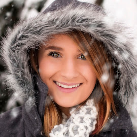 Snow day by Heidi Bailey - People Portraits of Women ( model, winter, cold, snow, forest,  )