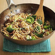 Quick Beef & Broccoli Noodles