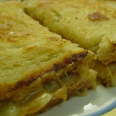 Elvis Presley's Grilled Peanut Butter and Banana Sandwich