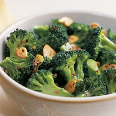 Broccoli with Red Pepper Flakes and Garlic Chips
