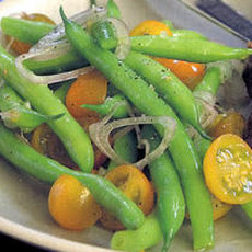 Green Bean, Tomato, and Shallot Salad Recipe