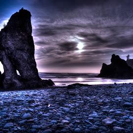 Moody Blues by Jessica Lavoie - Landscapes Beaches ( white balance, washington coast, ruby beach, sunset, beach, rocks )
