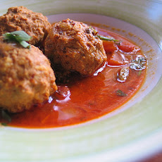Kofte/Machh/Meatballs (Red Hot Meatball Curry)