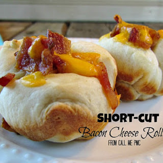Short-cut Bacon and Cheddar Rolls