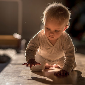 Chasing Shadows by Niklas Jumlin - Babies & Children Children Candids ( home, explore, reflection, chasing shadows, unerring, secure, fullframe, children, cute, exploring, mirror, child, lifestyle, baby, sony a7, safe, e-mount, dauntless, chasing, baby girl, discover, candid, fe, moments, shadows, manual, magic, tuva, Travel, People, Lifestyle, Culture,  )