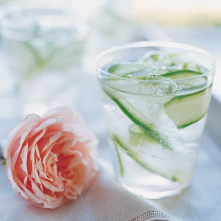 Cucumber-Ginger Fizzes