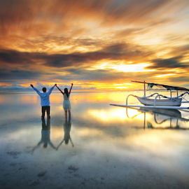 by Wisnu Taranninggrat - People Couples