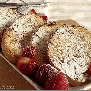 Maple-Cinnamon Baked French Toast