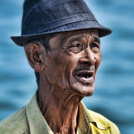 aki-aki by Syahril Idwar - People Portraits of Men