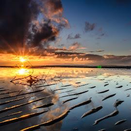 miror by Apa Ja - Landscapes Sunsets & Sunrises ( winn erwinn ussdek )
