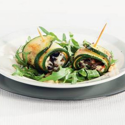 Courgetterolletjes Met Pesto En Mozzarella