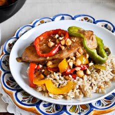 Skillet Chicken with Peppers and Peanuts