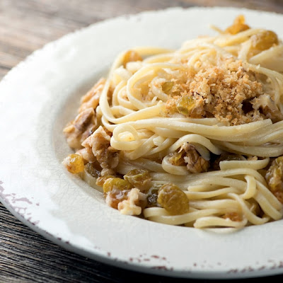Pasta with Golden Raisins and Walnuts