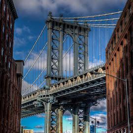 Manhattan Bridge by Dave Toro - Buildings & Architecture Bridges & Suspended Structures (  )