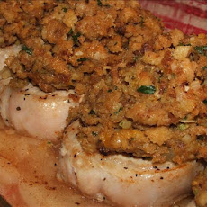 Kelly's Apple Pork Chops With Stuffing