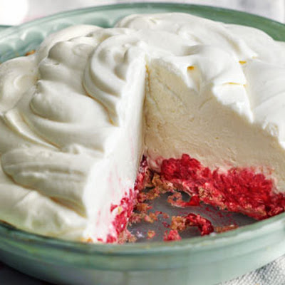 Raspberry Marshmallow Cheesecake