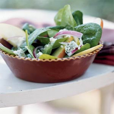 Autumn Apple and Spinach Salad