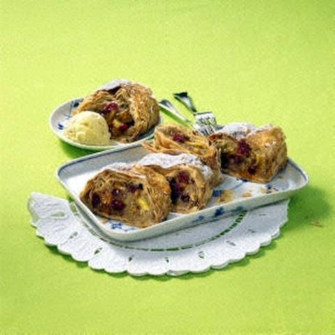 Cranberry Walnut Roll Recepten | Yummly