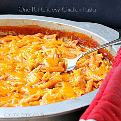 One Pot Cheesy Chicken Pasta | 30 Minute Meal