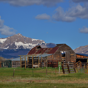 Blackleaf barn by Don Evjen - Buildings & Architecture Decaying & Abandoned ( mountains, sky, barn, montana, rustic )