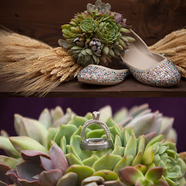 Details by Michelle Kabrick - Wedding Details ( shoes, ring, details, wedding, flowers )