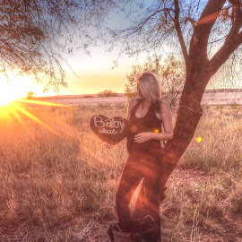 Maternity shoot by Natascha Bezuidenhout - People Maternity ( maternity, peaceful, nature, sunset )