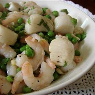 Italian Scallop and Shrimp Salad