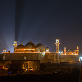 Let there be light by Ahmed Zaidi - Buildings & Architecture Places of Worship ( moti mosque, cholistan, jamia mosque, abbasi mosque, jeep race )