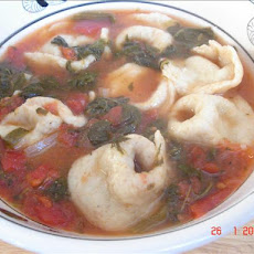 Quick & Easy Tortellini Soup With Spinach and Tomatoes