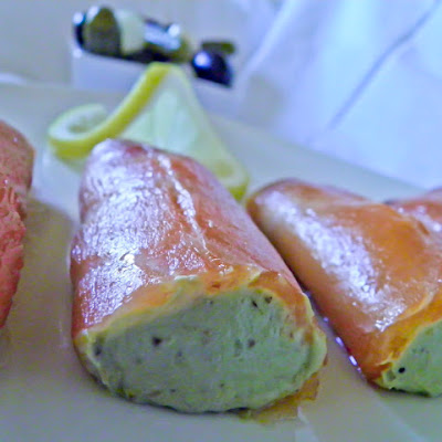 Smoked Salmon Filled with Guacamole