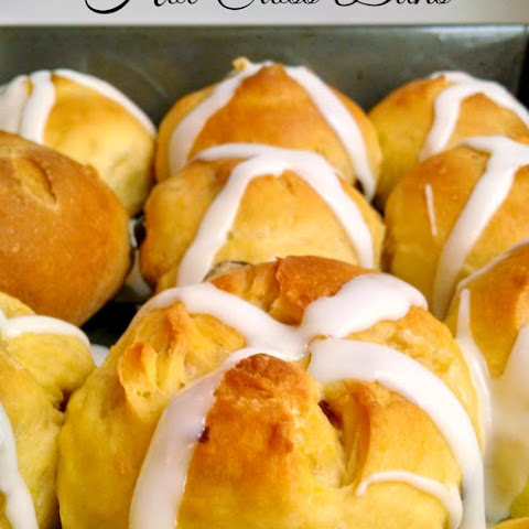 Healthier Hot Cross Buns for Easter #SundaySupper