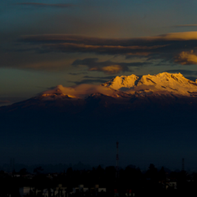 Iztaccihuatl, clouds and sunrise by Cristobal Garciaferro Rubio - City,  Street & Park  Vistas ( volcano, snowy volcanorose, sunrise )