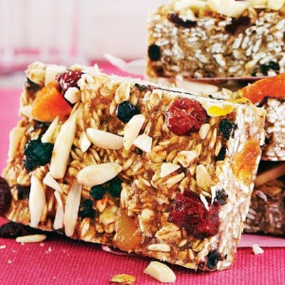Blueberry Apricot Breakfast Bars